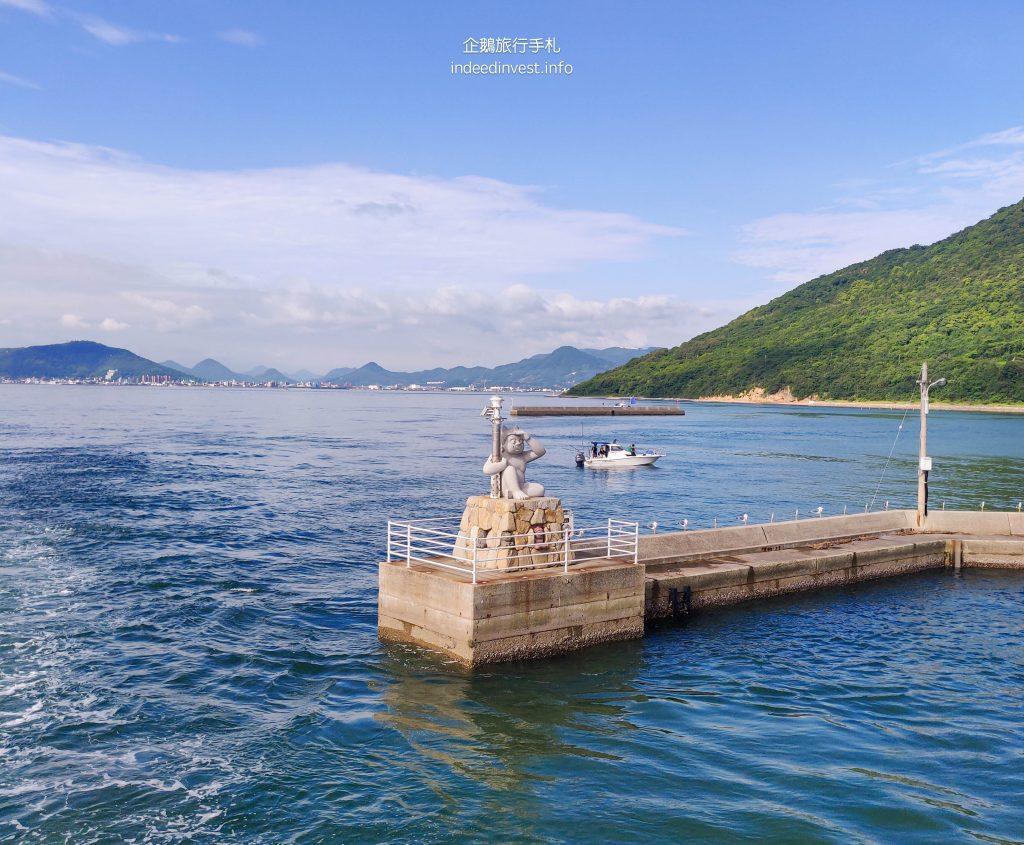 boat-ghost-lighthouse-megi-island