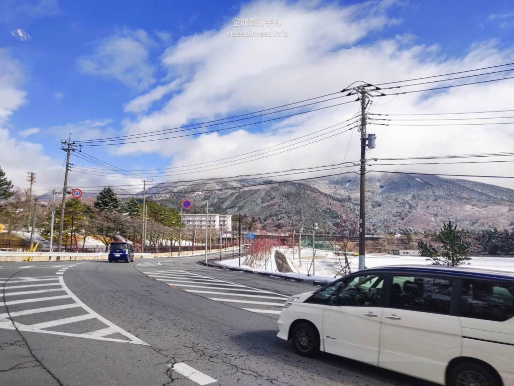 on-the-way-to-kawaguchi-lake-by-bus