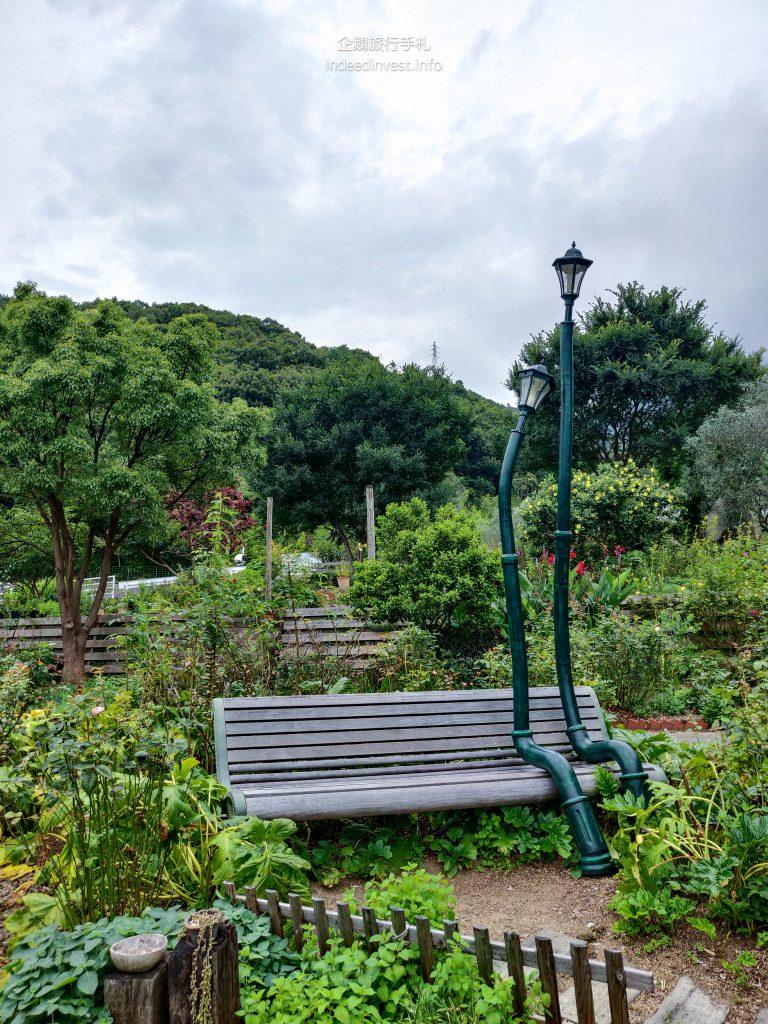lovely-street-light-olives-park-shodo-island