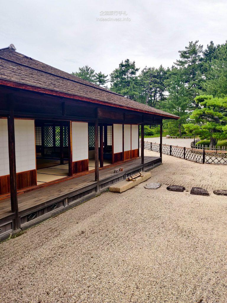 japanese-garden-kikugetsu-pavilion-ritsurin-garden
